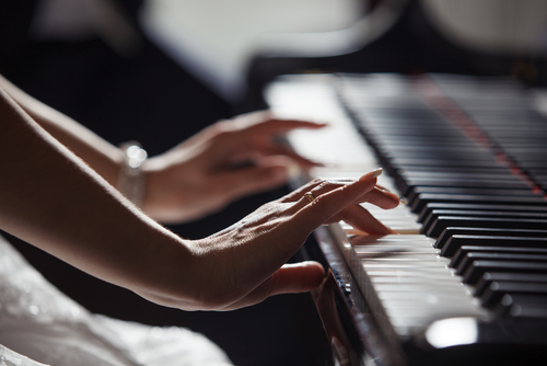 8 Useful Tips On Piano Moving